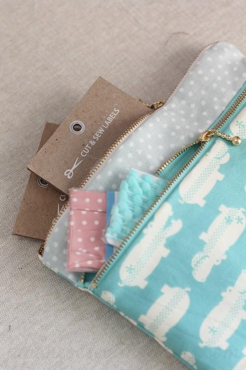 Tasche mit Doppel-Reißverschluss